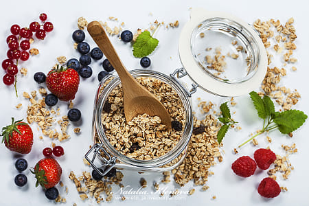 Healthy breakfast - muesli and berries by Kimberly Potvin on 500px