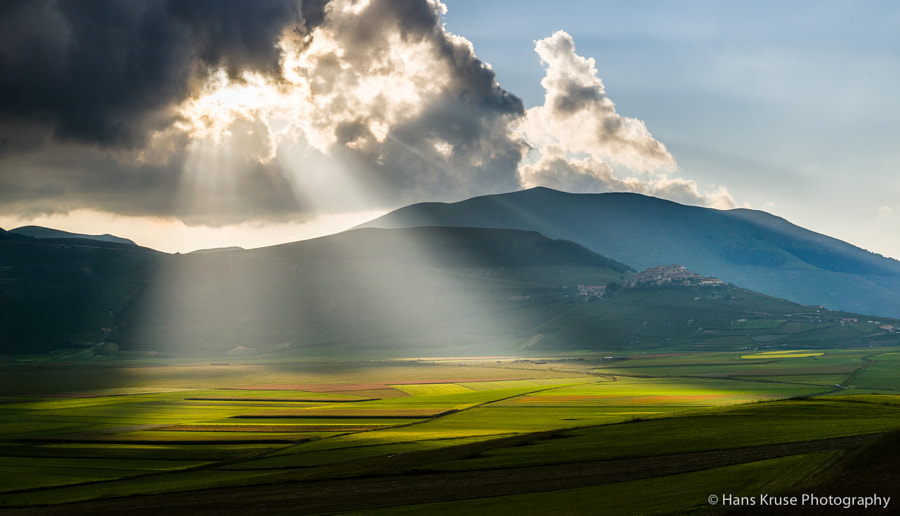 This photo was shot one the day after the official Abruzzo Umbria June 2014 photo workshop had ended and some participants stayed one day extra. We went up to the plateau and shot again for yet another combination of light.