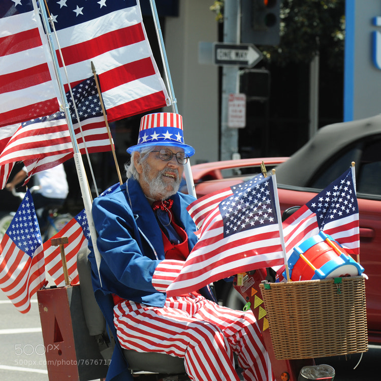 One of the people celebrating 4th of July in Long Beach (US).
