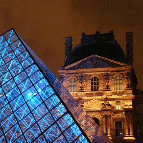 Blue Pyramid by Pascal MONEIN