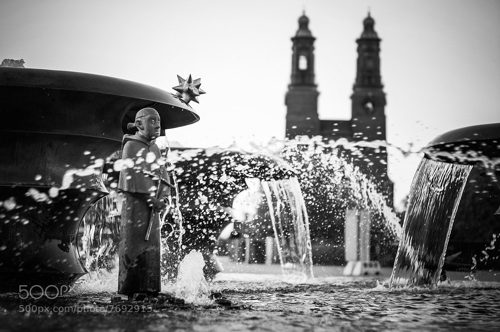 Photograph The fountain preacher by Mikael Sjösten on 500px