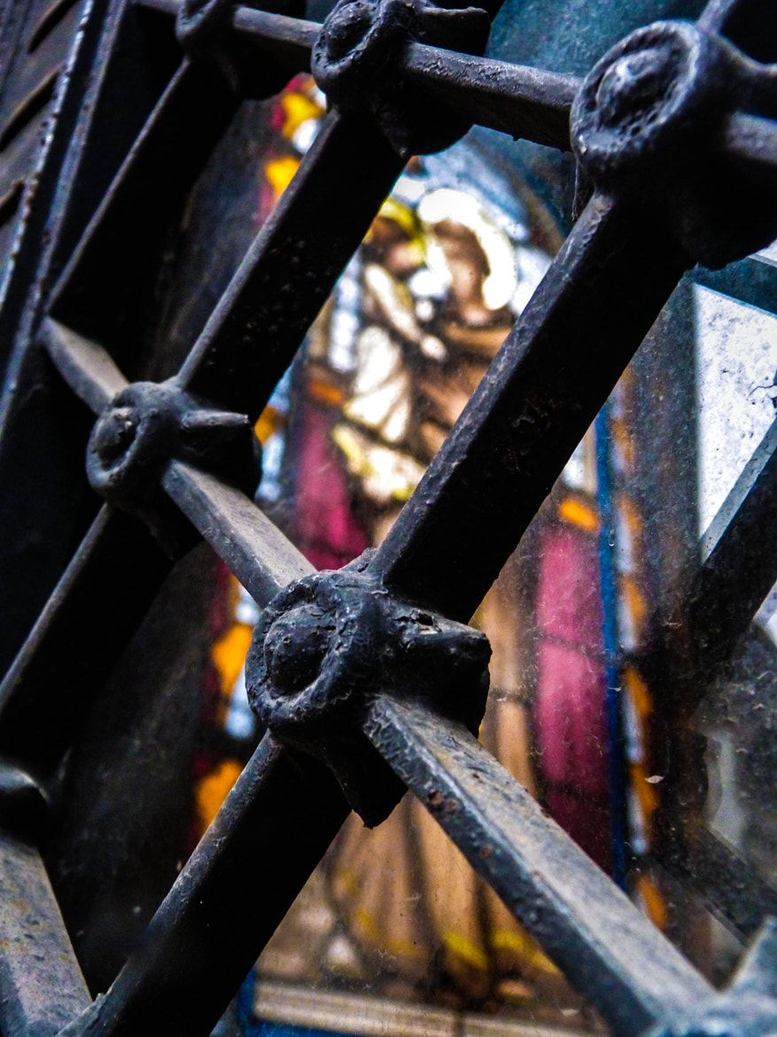 Photograph IRON & GLASS by Mirta Mendez Viggiano on 500px