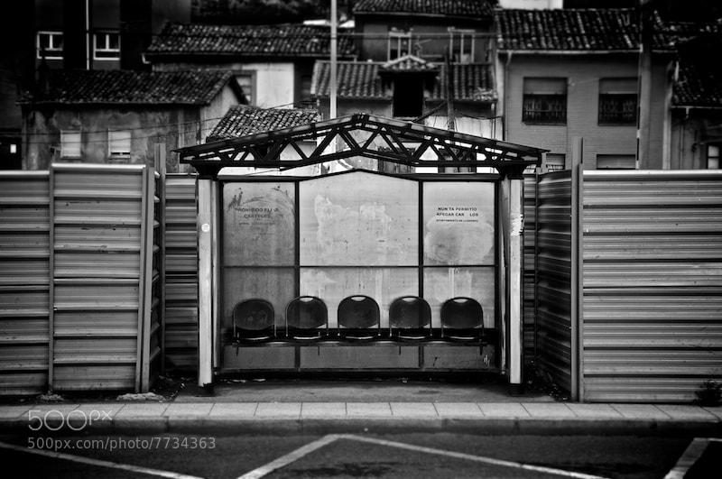 Photograph Bus Stop by Ismael Salmerón on 500px