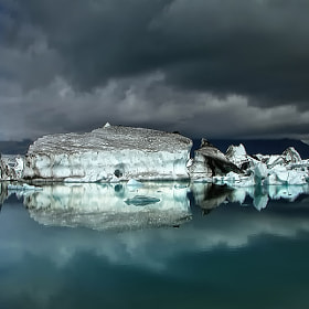 Icebergs III by Þorsteinn H Ingibergsson (Structor)) on 500px.com