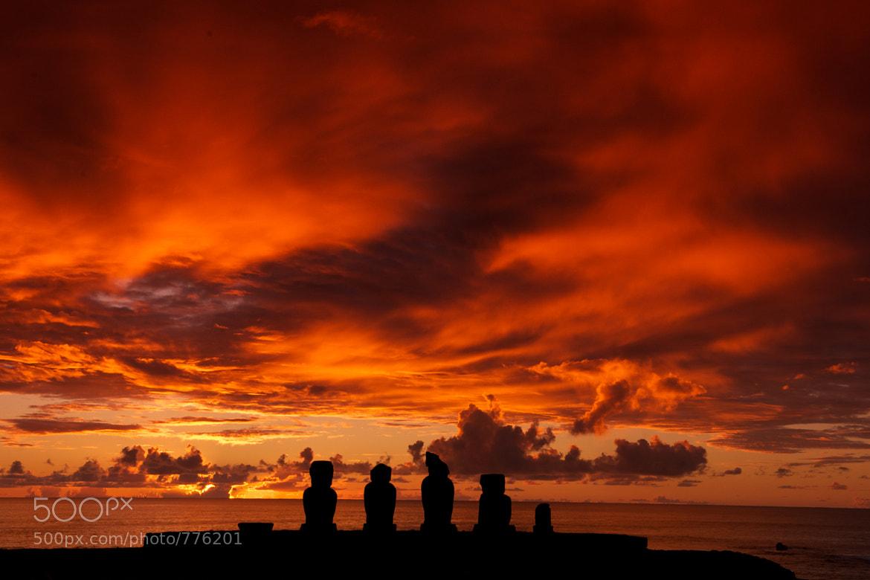 Photograph Easter Island - Vai Uri Ahu by Geoff Pegler on 500px