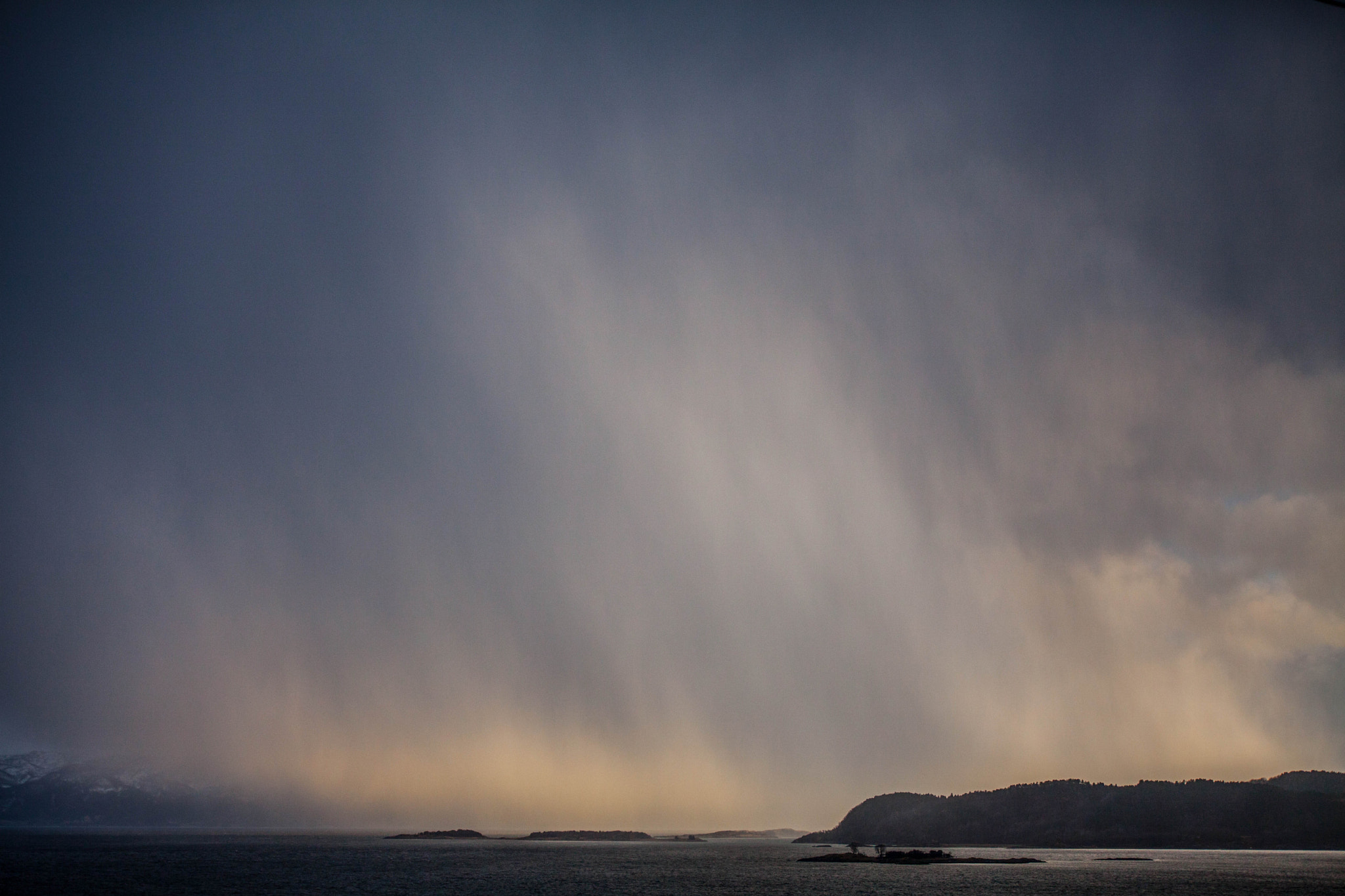 Photograph Special weather by Hans-Erling Hanssen on 500px