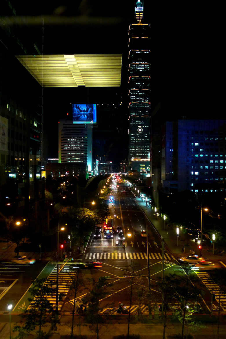 Photograph Thru the Elevator Window by Jenghan Hsieh on 500px