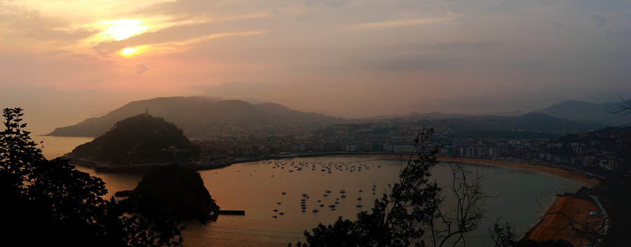 Donostia San Sebastian by Julien Herry on 500px.com