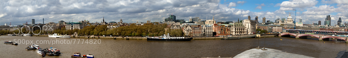 Photograph Thames river by Phil Erhart on 500px