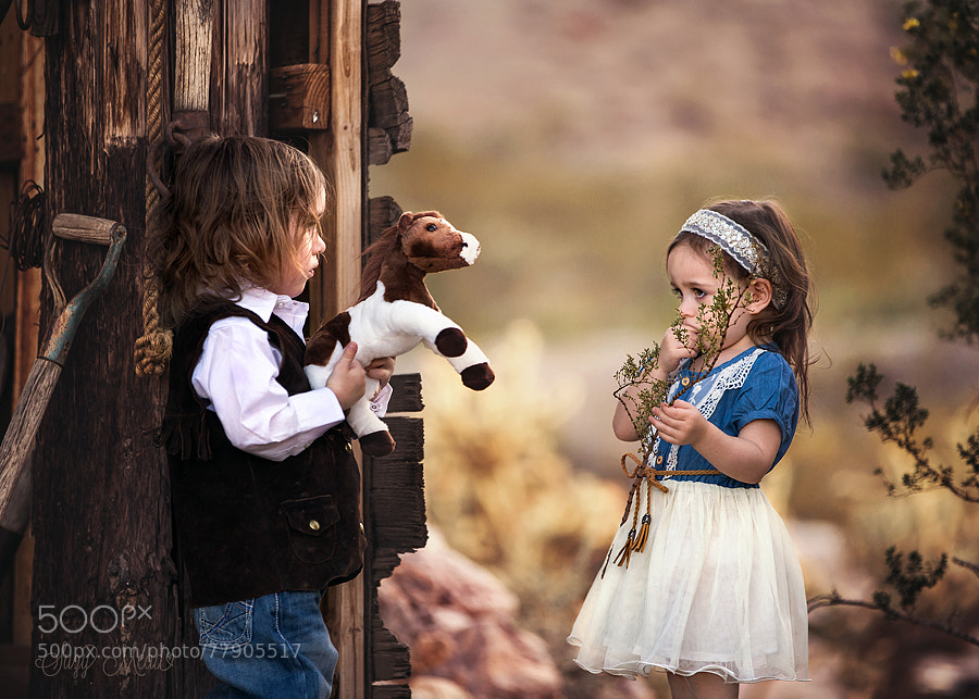 Photograph Mia and Elliott by Suzy Mead on 500px