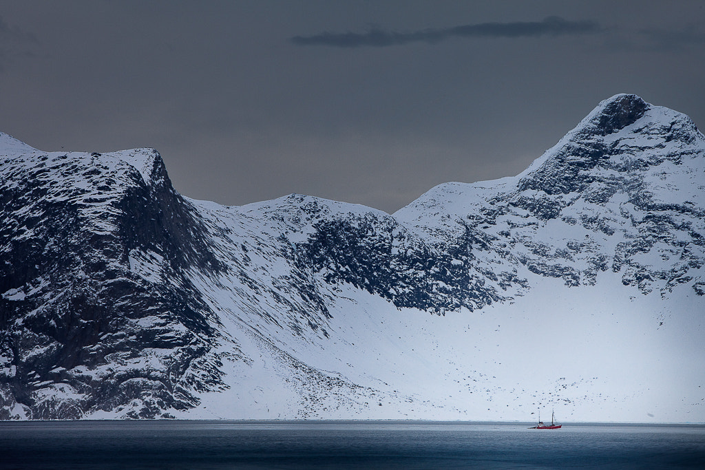 Photograph Small boat at sea by Jesper Frank on 500px