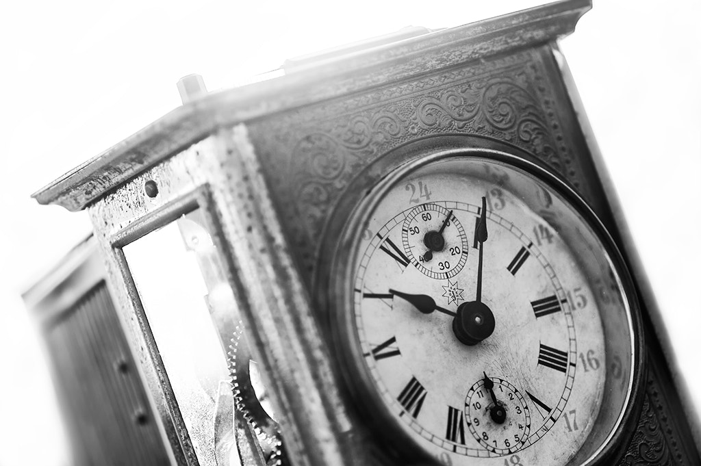 Photograph Old Clock by Michele Mengozzi on 500px