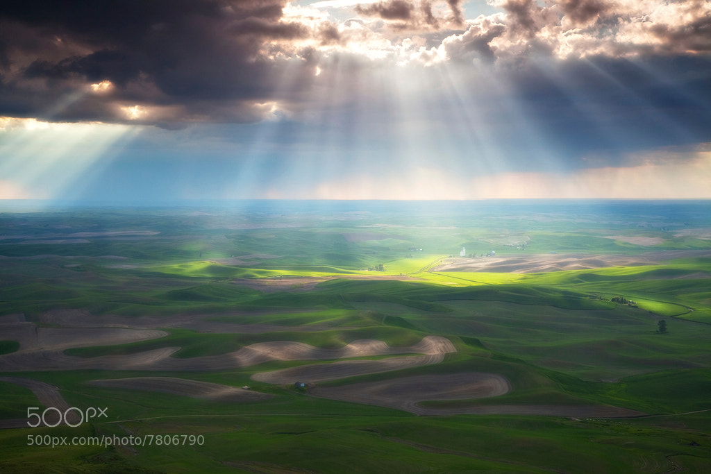 Photograph Beams of Light - The Palouse by David Thompson on 500px