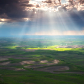 Beams of Light - The Palouse by David Thompson (dthompson)) on 500px.com