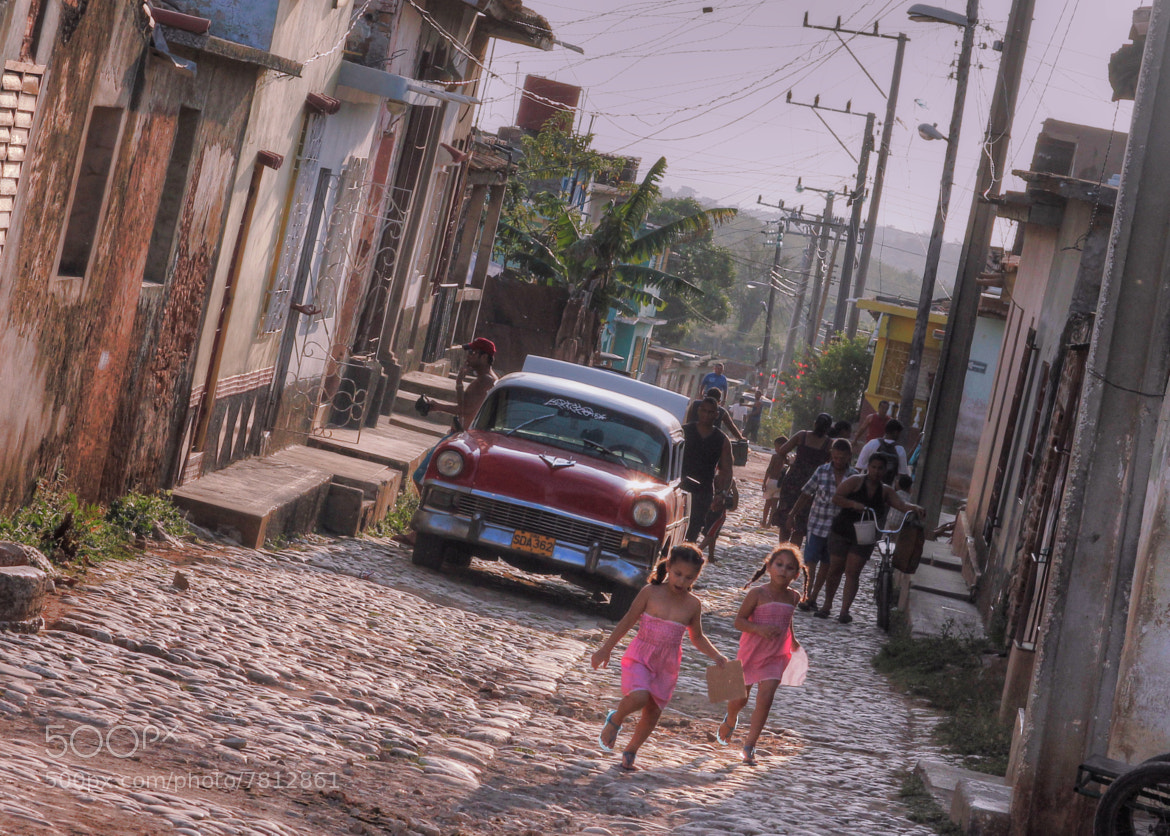 Photograph Cuba girls by Doug Wheller on 500px
