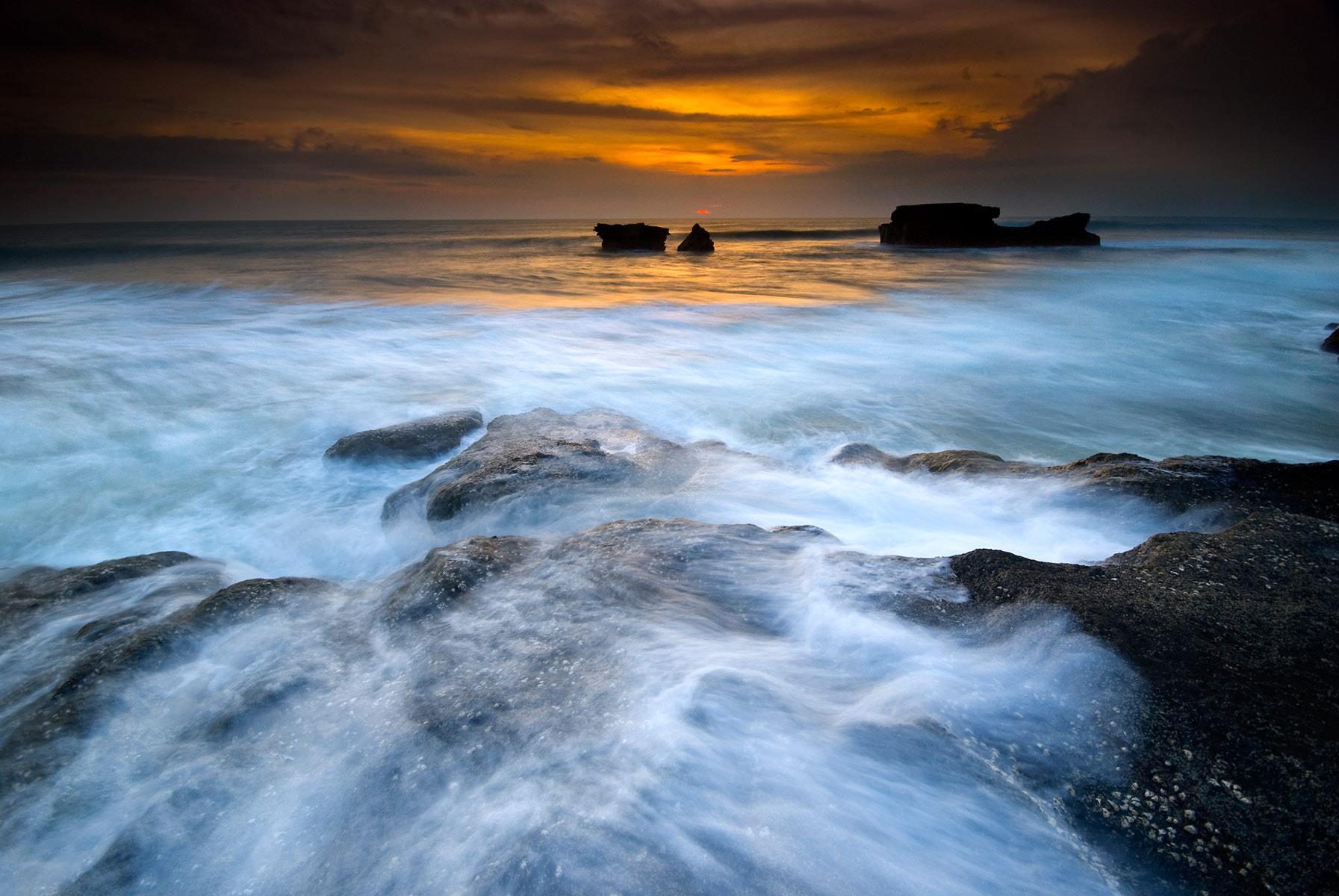 Photograph Waves Invasion by Ng Hock How on 500px