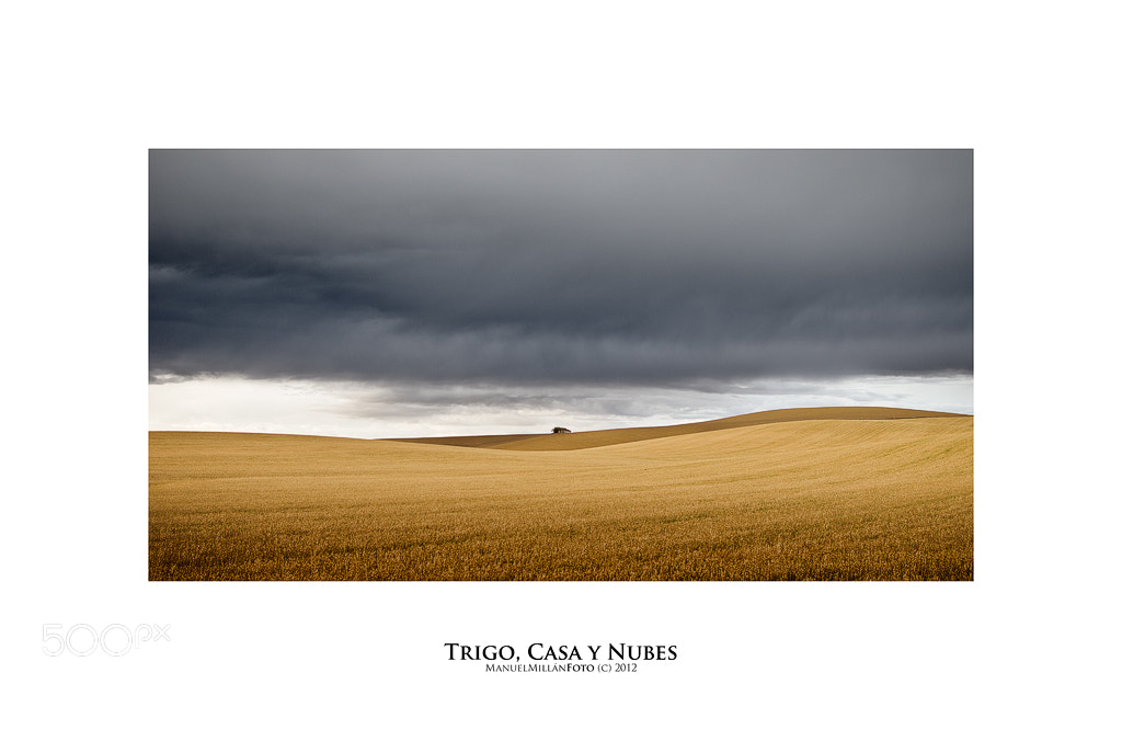 Photograph Trigo, casa y nubes (Wheat, house and clouds) by Manuel Millán on 500px