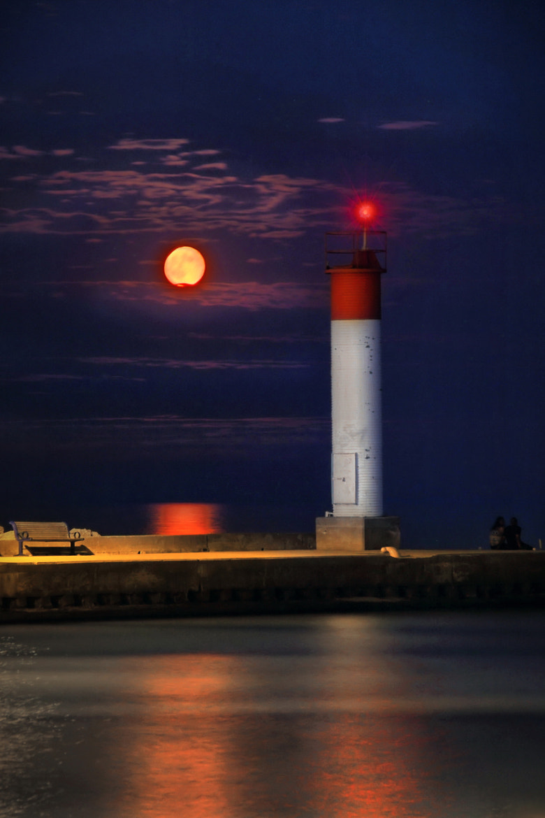 Photograph Fullmoon over the Bronte Harbour by Andrzej Pradzynski on 500px