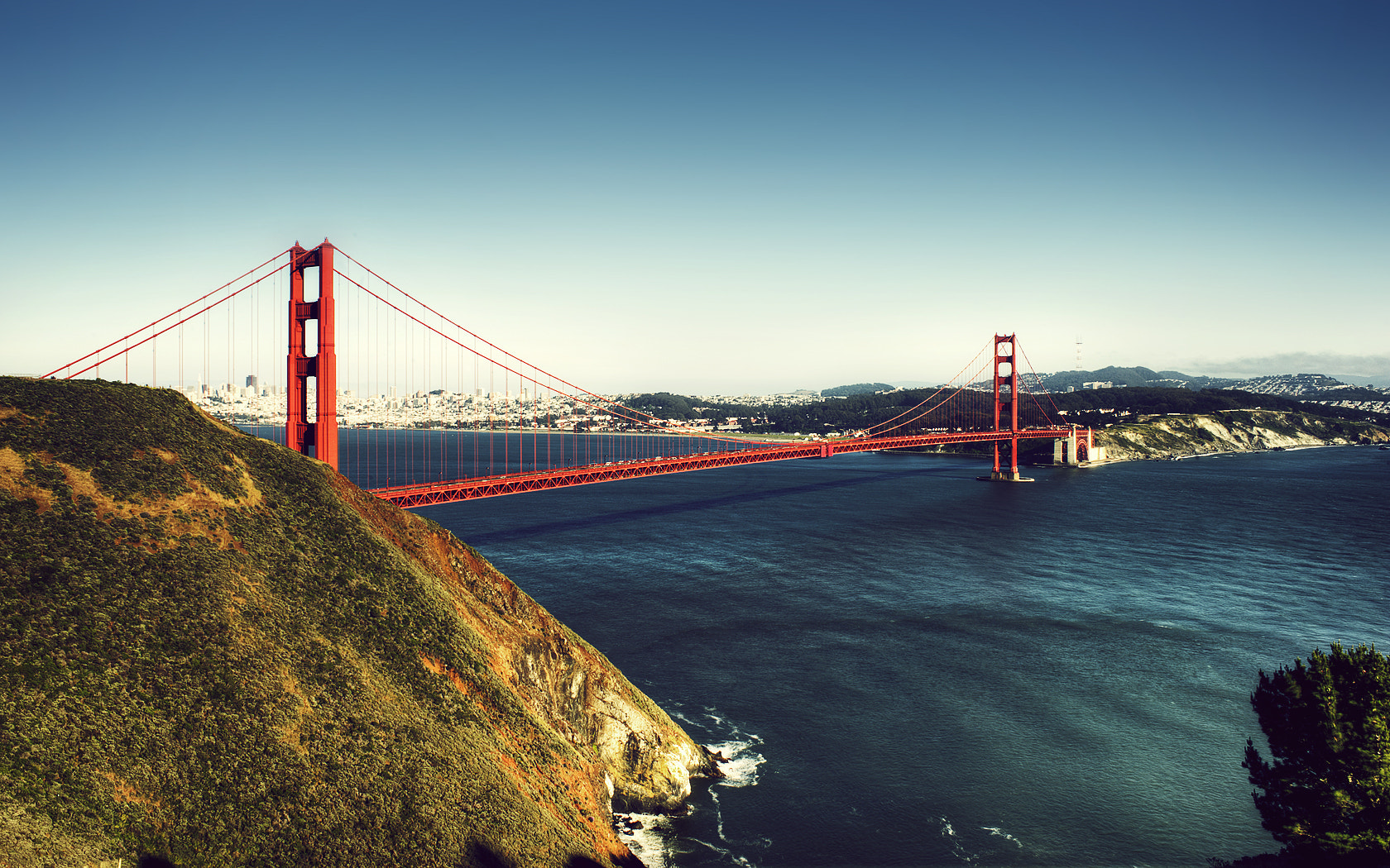 Photograph The Golden Gate Bridge by Ivan  Nava on 500px