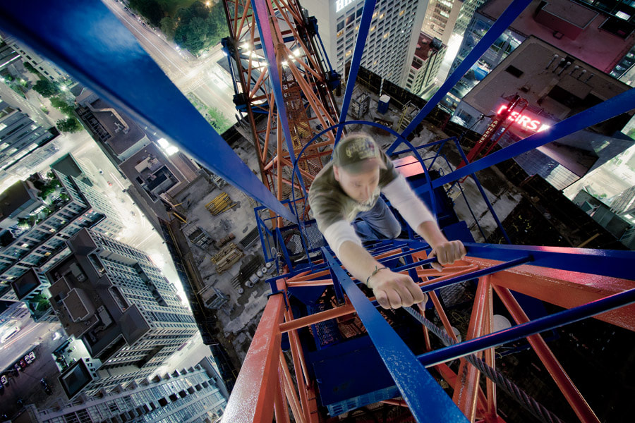 Photograph dont look up by Roof Topper on 500px