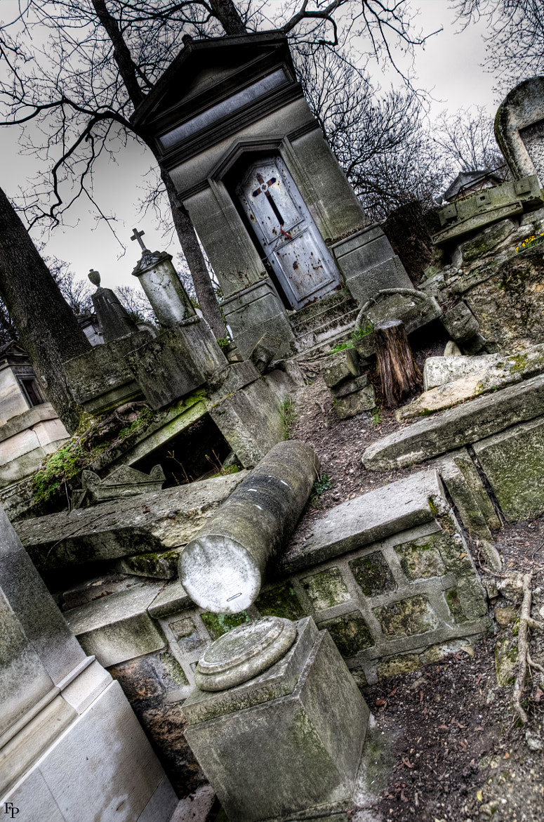 Photograph Closer to the Graves by Francois Pheulpin on 500px