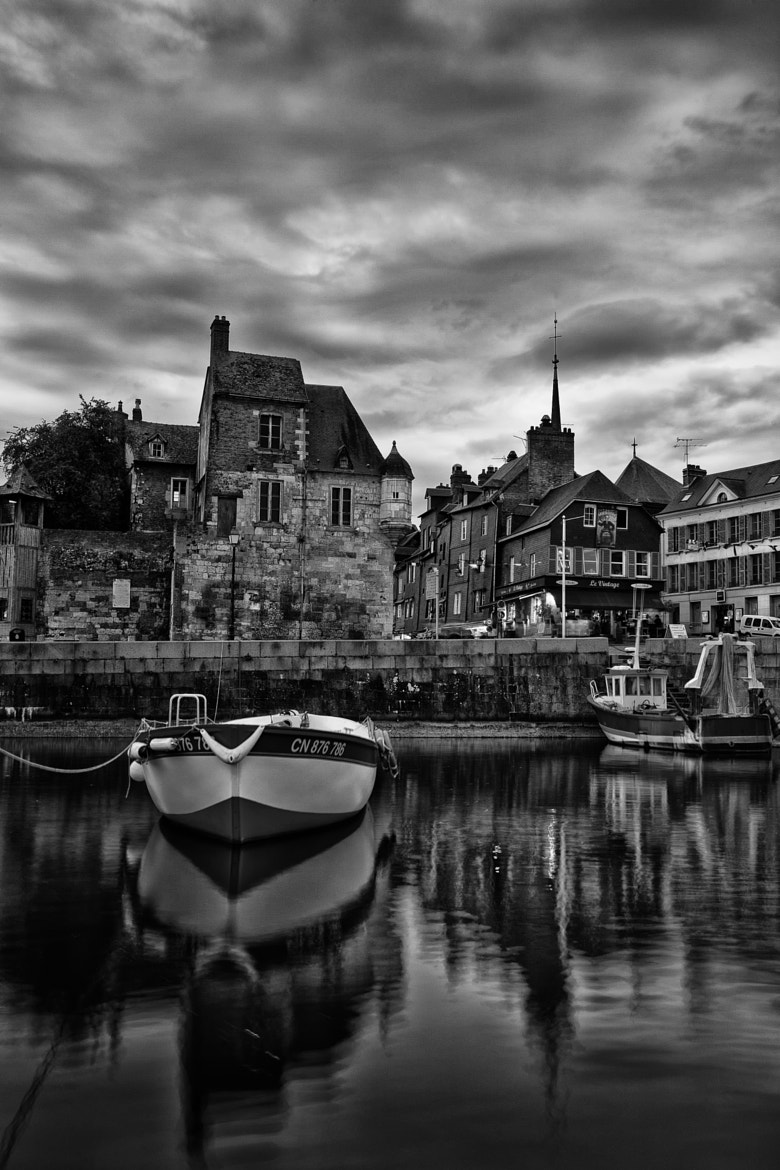 Photograph Honfleur : La lieutenance by Helder Vinagre on 500px