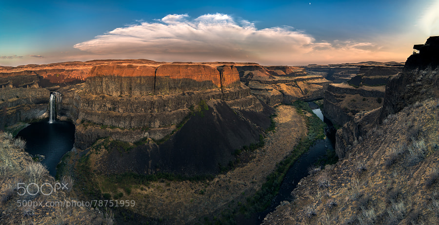 Photograph Palouse Falls by Michael Hitchner on 500px