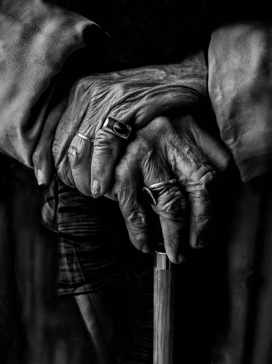 Photograph Luchi's Hands by Betina La Plante on 500px