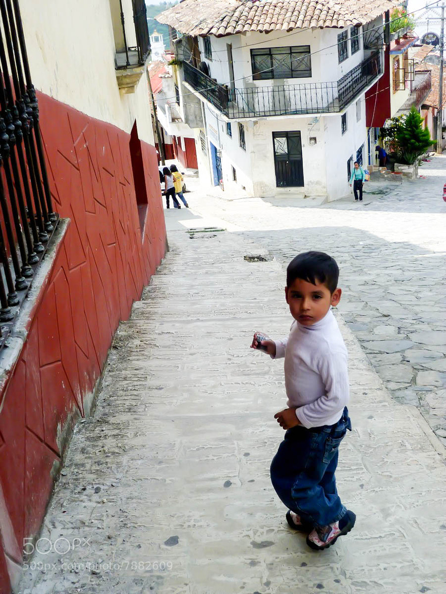 Photograph Little Boy in Cuetzalan by Elaine Poon on 500px