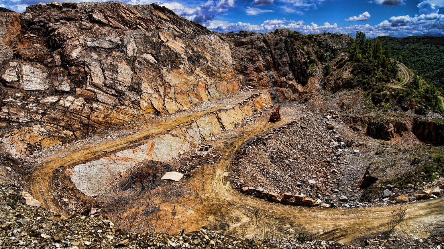 Photograph Quartzite quarry in Dragonte (Spain) by Hikergoer H.G. on 500px