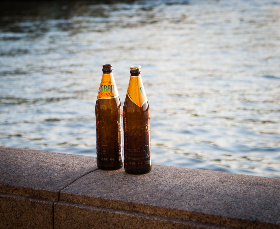 Beer by the Thames by Julian Bell on 500px.com
