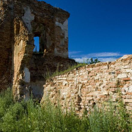 Halshany Castle