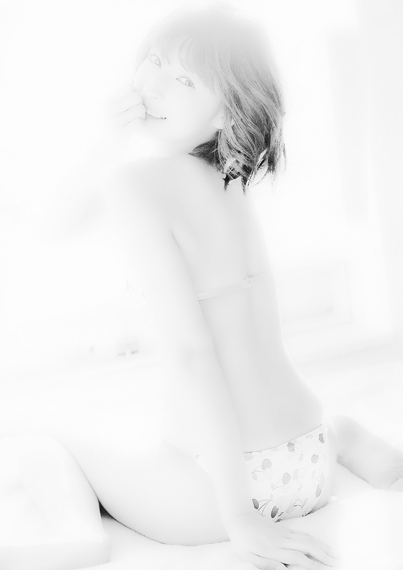 Photograph Cream Girl In The Mood by Chris |  ccda on 500px