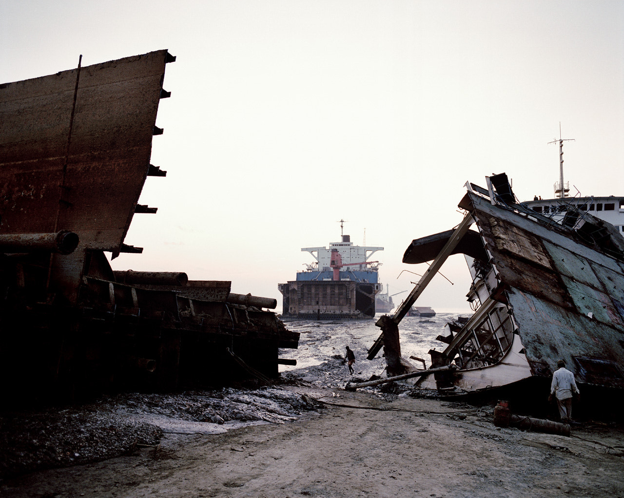 Photograph Shipbreaking, Bangladesh by Roy Zipstein on 500px