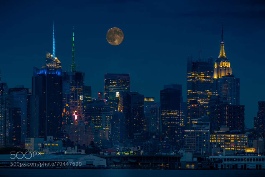 Photograph Perigee moon Midtown in August 2014 by Braulio Cosme on 500px