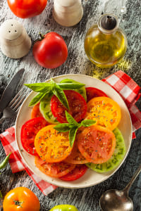 Healthy Heirloom Tomato Salad by Kimberly Potvin on 500px