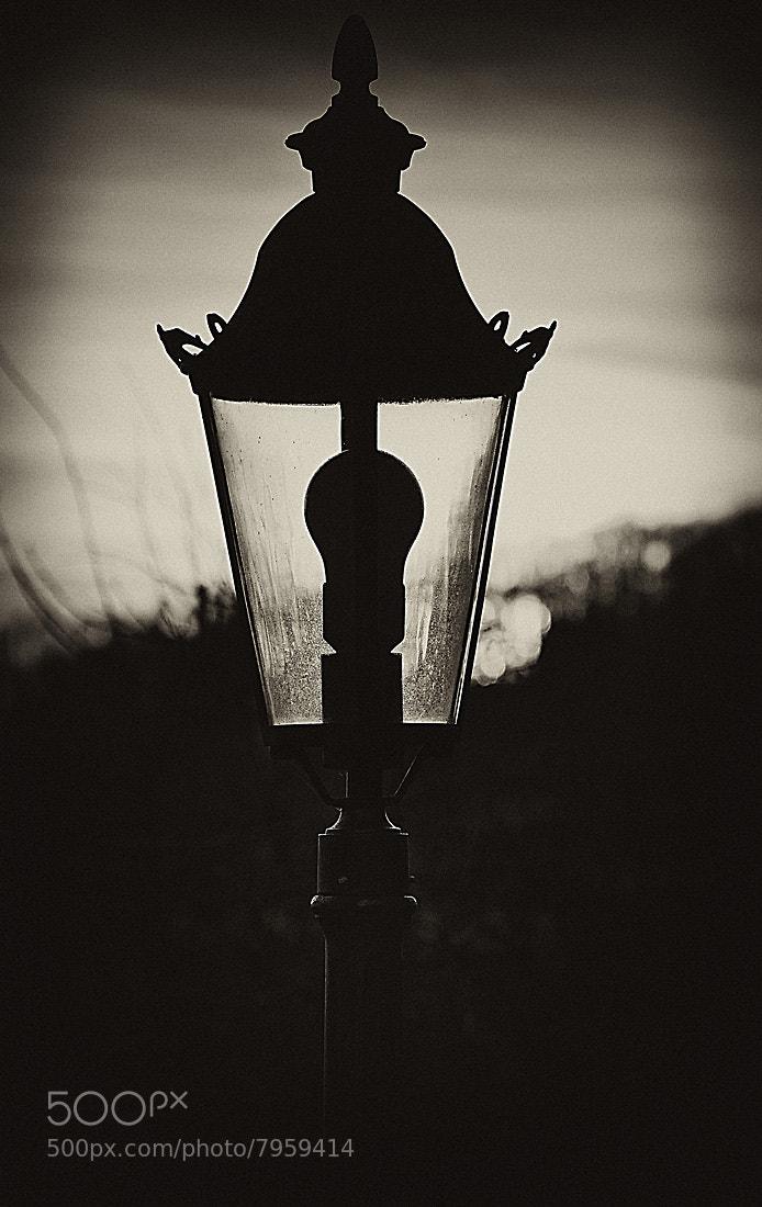 Photograph 'old lamp' by Bilder Kunterbunt on 500px