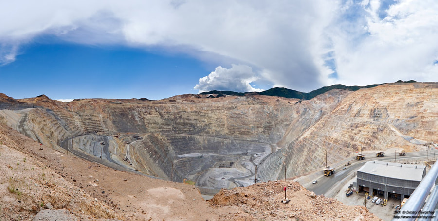 Kennecott Utah Coppers Bingham Canyon Mine, автор — Dmitry Nevozhay на 500px.com