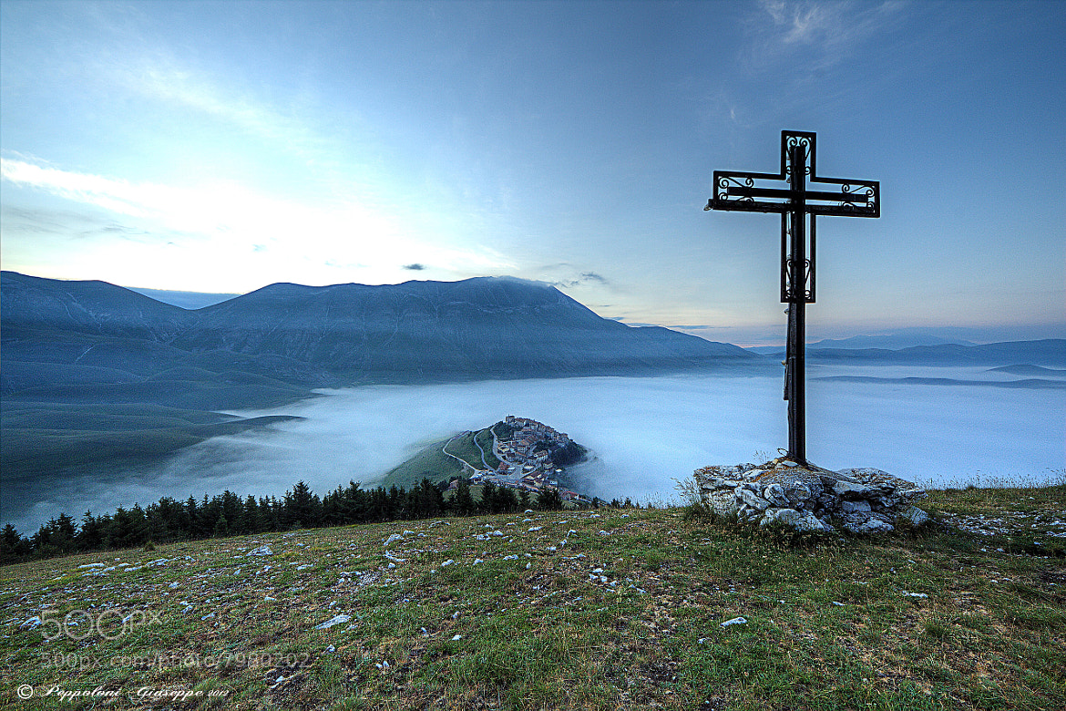 Photograph The cross by Giuseppe  Peppoloni on 500px