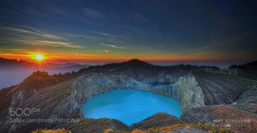 sunrise at kelimutu crater