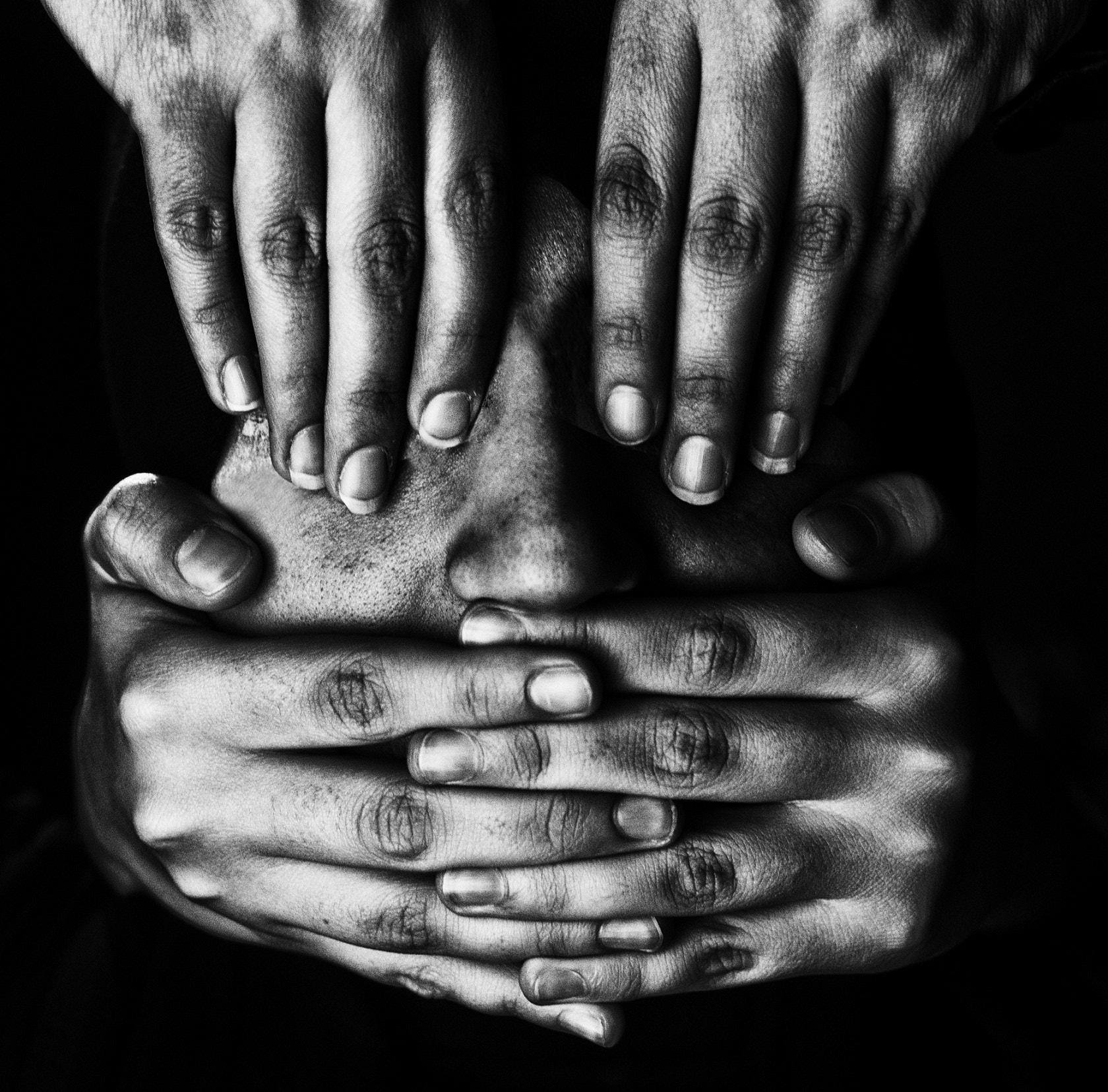 Photograph hands by vahid babaei on 500px
