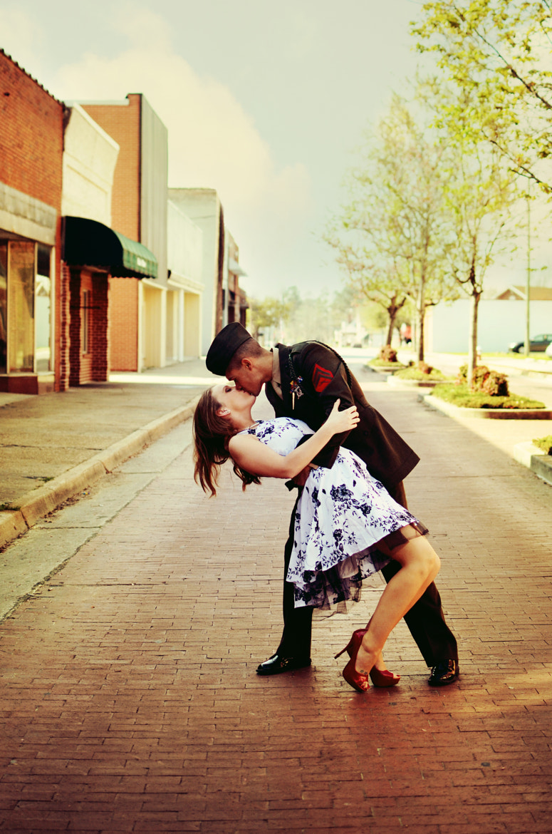 Photograph kiss in the street by Jennifer Blake on 500px
