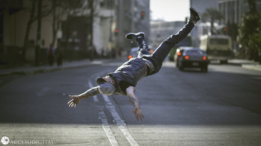 Bboy Luloh Airflare by Axel Garrido on 500px.com