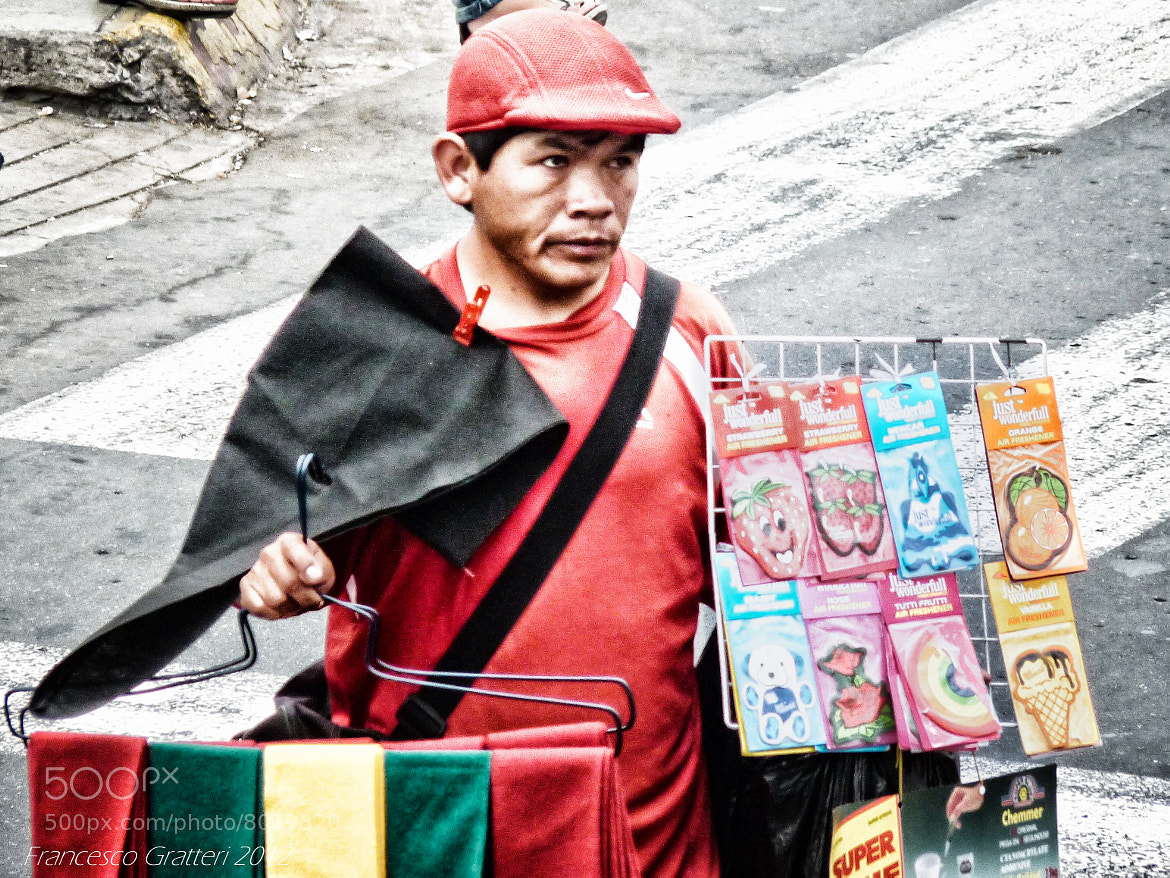 Photograph Working in Lima (Perù) by Francesco Gratteri on 500px