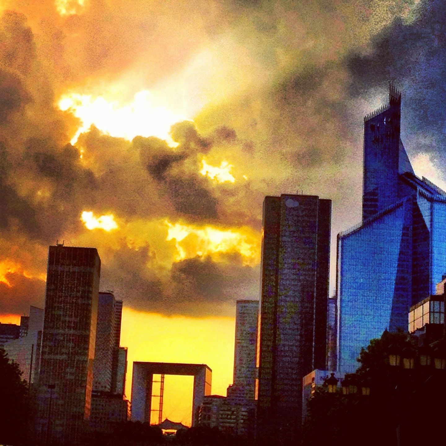Photograph La défense by Sandrine Andro on 500px