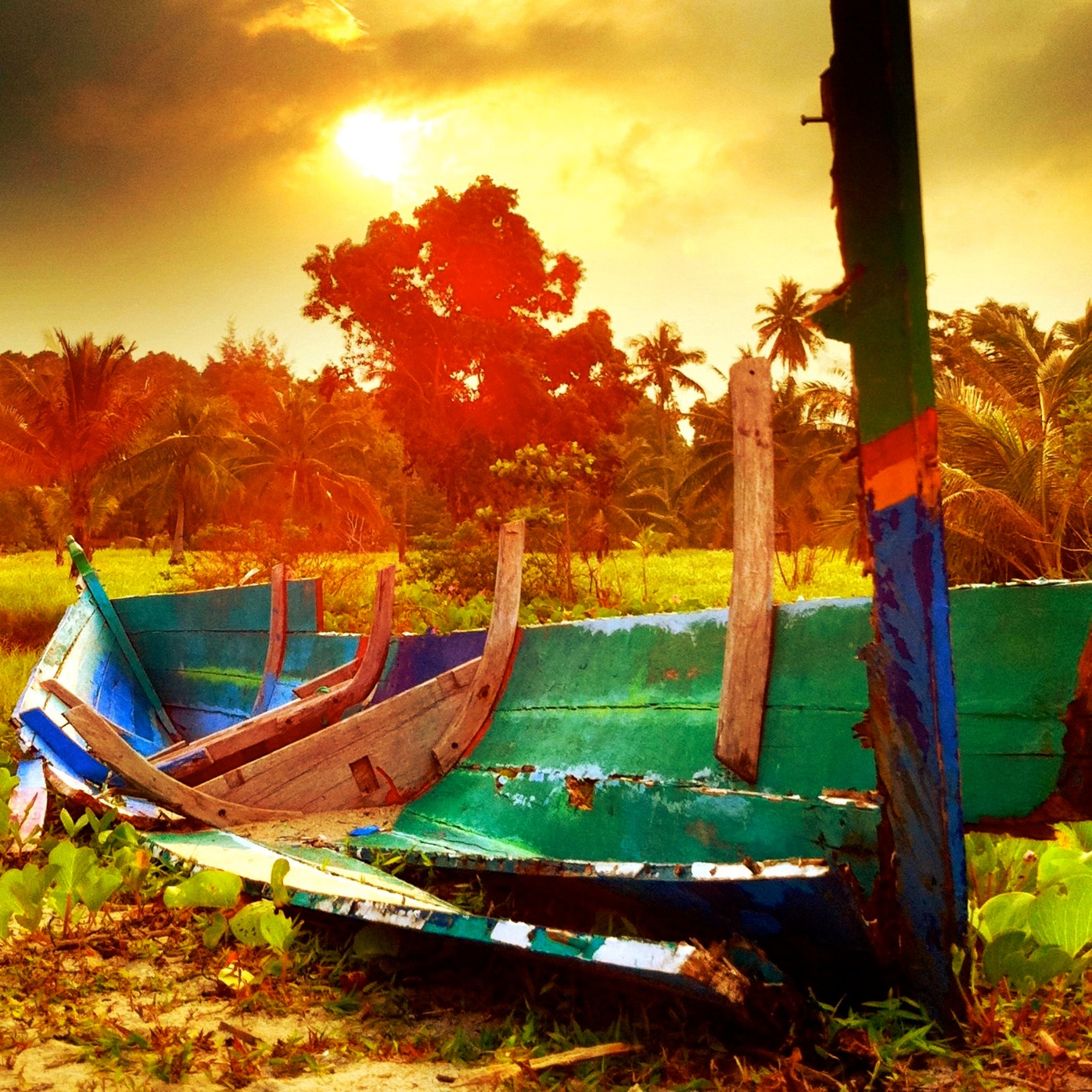 Photograph Abandoned Boat by the Beach by Ardiansyah Solaiman on 500px