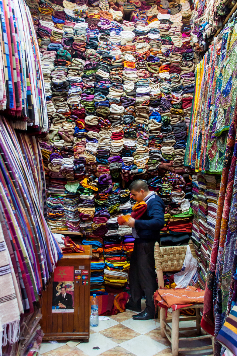 Photograph Man in shop (Marrakech) by Rob van der Pijll on 500px