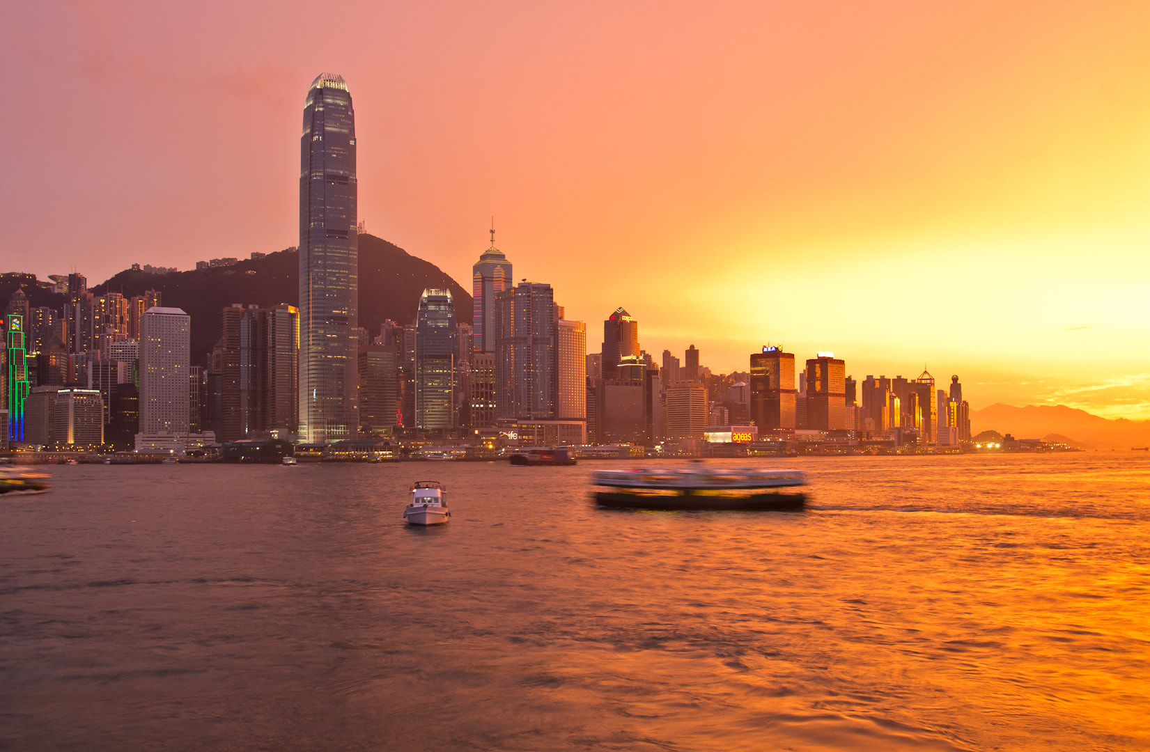 Photograph Hong Kong burning by David Kaiser on 500px