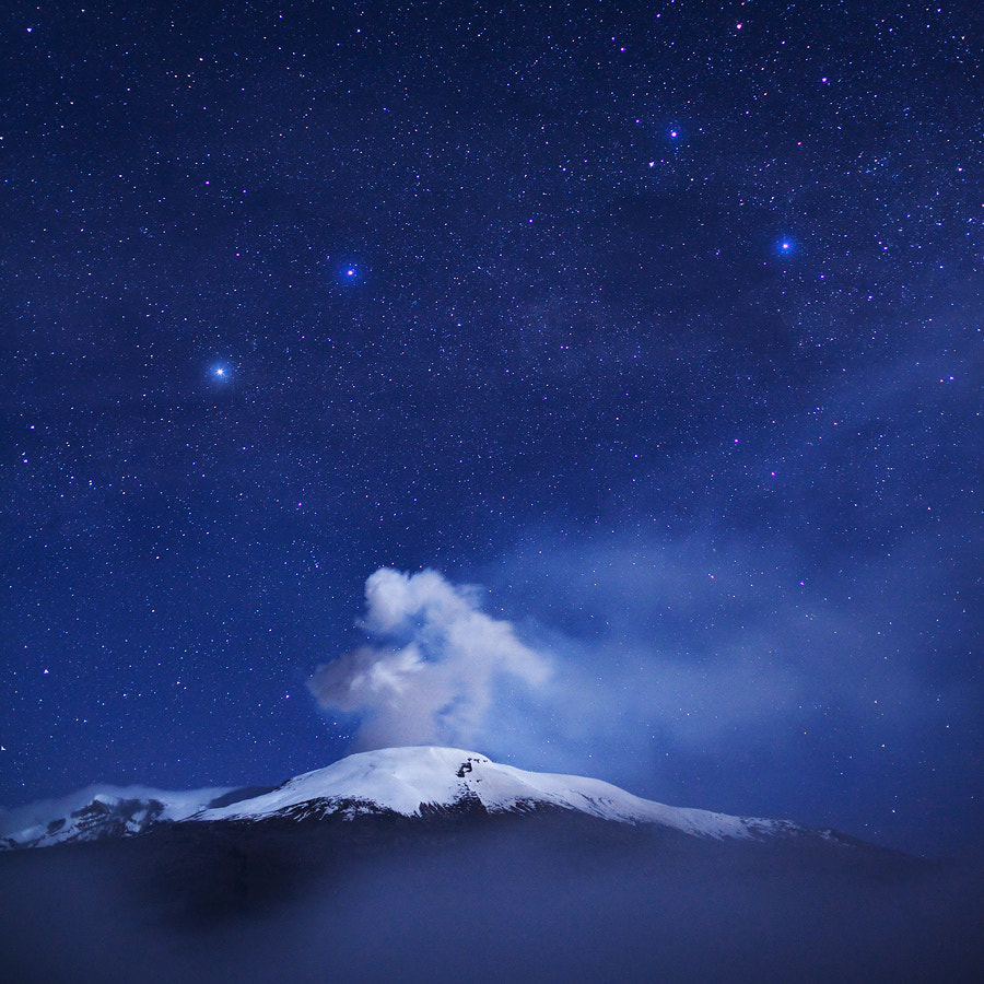 Vulcano Nevado del Ruiz by Jonathan Duriaux on 500px.com