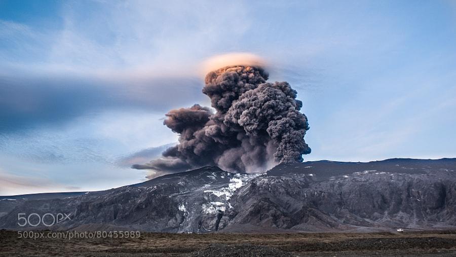 Iceland Volcano by Vilhjálmur Ólafsson
